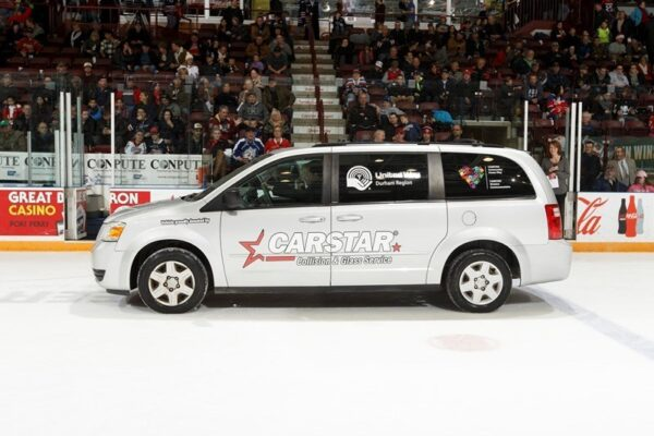 On Sunday, December 20, 2015 as the Oshawa Generals Hockey Club took on the Sudbury Wolves, CARSTAR Durham along with Carstar Canada presented United Way Durham Region with a fantastic van to support the work that we do within this community! Photo Credit: Ian Goodall/Goodall Media Inc.