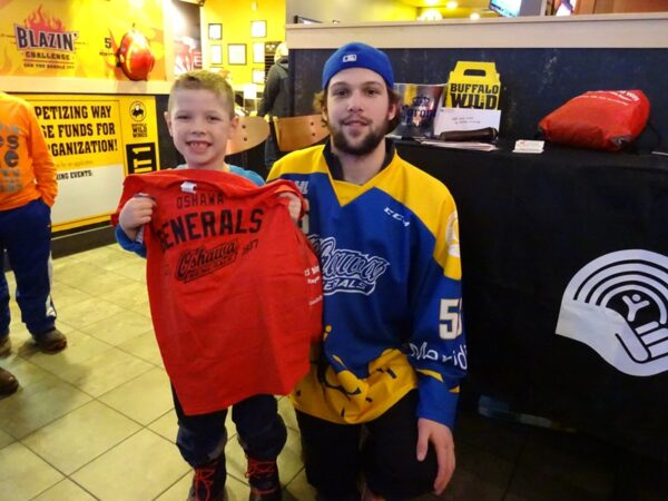 On Monday January 4 and Wednesday February 17, 2016 we joined the Oshawa Generals at the Ajax Buffalo Wild Wings for an Eat Wings Raise Funds event!
